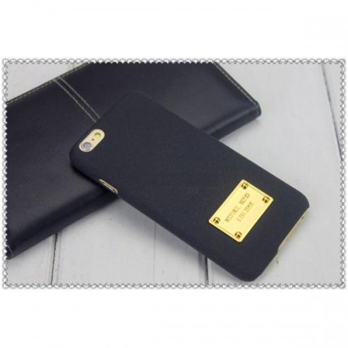 Пластиковый Чехол-накладка софттач Michael Kors для iPhone 6 Черный