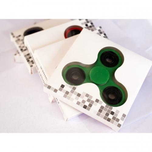 Spinner крутилка антистресс треугольник питчер (Зеленый)
